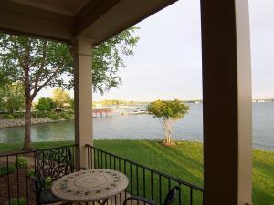 Lake Norman Waterfront